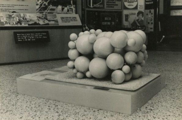 a) Roberto Jacoby, Maqueta de una obra, 1966