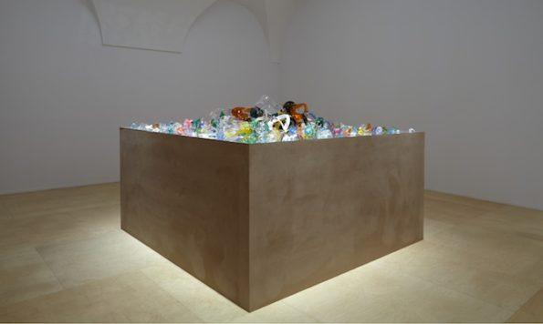 Juan Luis Moraza. republica. Vista de la exposición.MNCARS. Fotografía de Joaquin Cortés/Román Lores